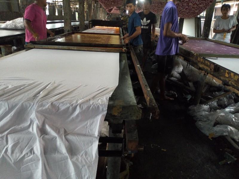 produsen batik