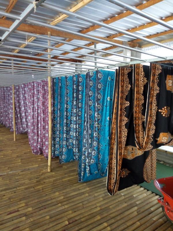 Grosir Kain Batik Khas Padang