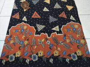 Tips memilih seragam batik keluarga