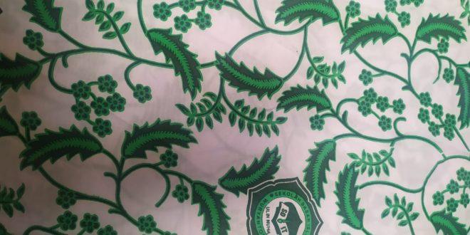 baju batik sekolah